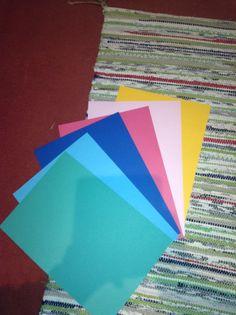 Wir hatten sogar noch von der Beschaffenheit und Farbe Papier zuhause. Wie findest du die Farben (sie sind leider nicht ganz wie in echt) und besonders das gelb? Ist dir das schon zu kräftig oder geht das noch klar?