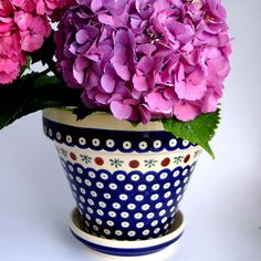 Flower pot in traditional pattern, love it! Polish pottery