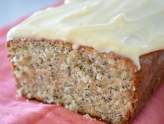 I just LOVE all things Lemon and this Thermomix Lemon and Poppy Seed Cake is no exception! It's based on my Lemon Butter Cake recipe, Gourmet Recipes, Sweet Recipes, Cake Recipes, Cooking Recipes, Banana Recipes, Yummy Recipes, Lemon Butter Cake Recipe, Bellini Recipe, Poppy Seed Cake