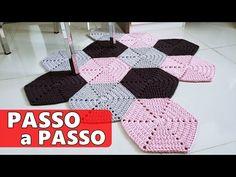 Crochet Fish, Love Crochet, Knit Crochet, Crochet Rug Patterns, Crochet Stitches, Crochet Squares, Crochet Granny, Rag Rug Tutorial, Doily Rug