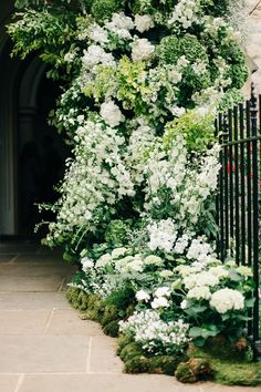 Elegant Chiswick House Gardens Wedding By M J Photography White Church Flower Arch M Amp J Photography Elegant London Wedding White Amp Greenery Florals Back Gardens, Outdoor Gardens, House Gardens, Outdoor Pots, Garden Cottage, Home And Garden, Garden Beds, White House Garden, Smart Garden