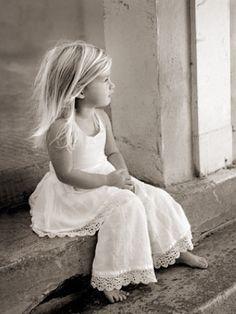 51 ideas fashion kids photography so cute Fashion Kids, Little Girl Fashion, Fashion Games, Cute Kids, Cute Babies, Baby Kids, Beautiful Children, Beautiful Babies, Foto Baby