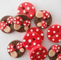 Toadstool buttons
