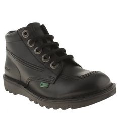 Kickers Black Kick Hi Unisex Junior Kickers iconic Hi boot is downsized for little ones. The instantly recognisable silhouette features a leather upper with stitch detailing as well as the brands red and green tabs. A rubber sole and an http://www.MightGet.com/january-2017-13/kickers-black-kick-hi-unisex-junior.asp