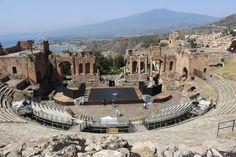Croisière à bord du Zénith - Escale à #Taormine avec l'Etna en arrière plan !