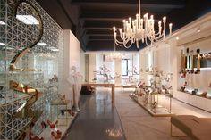 Waggon shoe store by Phardi Architecture, Moscow store design