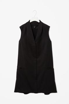 Flared black wool blazer