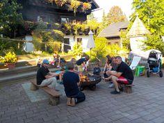 Der Grillplatz für alle, die Stockbrot und Würstel lieben. Naturel Hoteldorf SCHÖNLEITN.