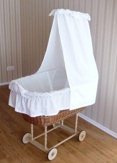 heute n hen wir einen bezug f r den stubenwagen das ist unser stubenwagen ein wundervoller. Black Bedroom Furniture Sets. Home Design Ideas