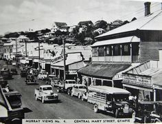 Mary Street, Gympie - circa 1940 | by Aussie~mobs Old Pictures, Old Photos, Panning For Gold, Simply Home, Nick Nacks, Old Fords, Old Postcards, Sunshine Coast, Historical Photos