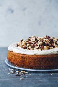 ... spiced parsnip cake (gluten free) ...