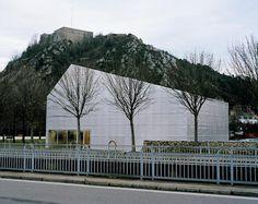 a f a s i a: 44 Eric Lapierre Architecture