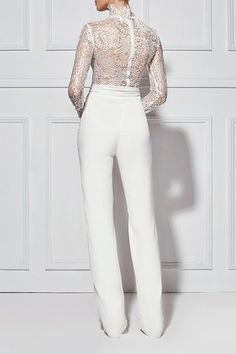 Reines Weiß - Wedding Suits For Women - Mode Bridal Pants, Wedding Pants, Wedding Jumpsuit, Best Wedding Dresses, Perfect Wedding Dress, Elegant Wedding, Trendy Wedding, Wedding White, Wedding Reception Outfit