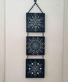 she shed interior craft Mandala Art Lesson, Mandala Drawing, Mandala Painting, Dot Art Painting, Stone Painting, Mandala Canvas, Diy Canvas Art, Canvas Crafts, Mandala Rocks
