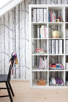 black and white birch tree wallpaper