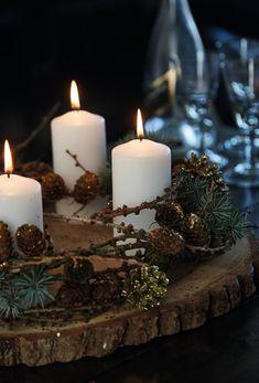 Christmas Swags, Handmade Christmas Decorations, Cheap Christmas, Etsy Christmas, Christmas Centerpieces, Outdoor Christmas, Holiday Wreaths, Simple Christmas, Christmas Home