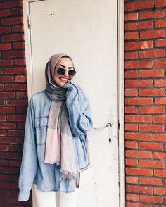 Fashion Arabic Style Illustration Description Pin :: – Read More – Modern Hijab Fashion, Street Hijab Fashion, Hijab Fashion Inspiration, Islamic Fashion, Muslim Fashion, Modest Fashion, Casual Hijab Outfit, Hijab Chic, Casual Outfits