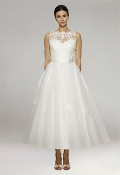 Sleeveless Scoop Neck Appliqued Tulle A-Line Ankle Length Bridal Wedding Dress