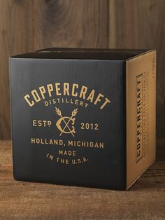 Coppercraft Shipper - CF Napa Brand Design Food Box Packaging, Cool Packaging, Food Packaging Design, Beverage Packaging, Bottle Packaging, Branding Design, Coffee Packaging, Packaging Ideas, Label Design