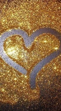 i like this. #glitter #heart #fun #random #sparkle #gold