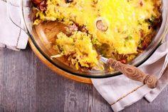 Bunter Zucchini Auflauf schmeckt nicht nur Vegetarier Quiche, Macaroni And Cheese, Roast, Baking, Breakfast, Ethnic Recipes, Food, Healthy Food, Chef Recipes