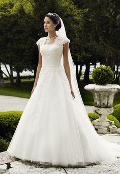 Brautkleid von Lilly - Hochzeitskleider - gofeminin.de