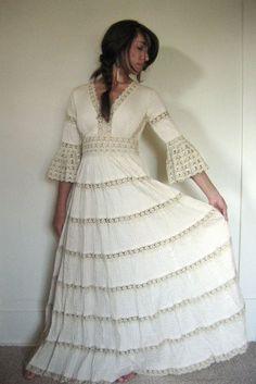 Spectacular Angel Vintage Mexican wedding dress lace crochet by AidaCoronado Wedding Pinterest Lace Vintage mexican wedding and Vintage