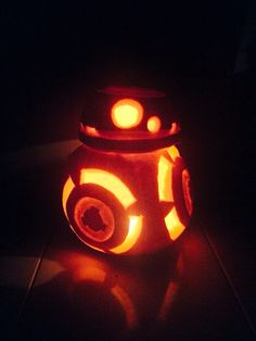 #BB8 #BB8pumpkin Halloween Theblondsaurus #Blondsaurus Star Wars Halloween More