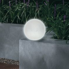 Rocaille on pinterest grass marseille and backyard landscaping - Lampes solaires castorama ...