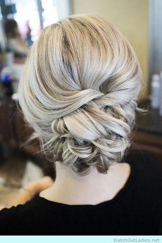 Soft updo for bridesmaids, elaborate bridal hair, lovely wedding hair ideas // HMS Elegant Wedding Hair, Simple Wedding Hairstyles, Elegant Updo, Bride Hairstyles, Cool Hairstyles, Wedding Updo, Teenage Hairstyles, Trendy Wedding, Perfect Wedding