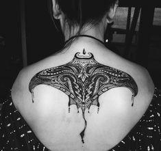 Manta tattoo for head, fin, and tail detail for Henna - Tattoo - Tauajes Geniales Maori Tattoos, Maori Tattoo Designs, Body Art Tattoos, New Tattoos, Tribal Tattoos, Small Tattoos, Tattoos For Guys, Sleeve Tattoos, Polynesian Tattoos