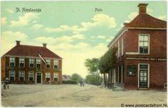 Plein St.Nicolaasga in 1910. De winkel van Van der Leest rechts op de Gaastweg is nog niet aanwezig.