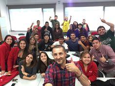 Selfie durante las clases de Neuromarketing con los alumnos de INACAP Chile en UPV Valencia