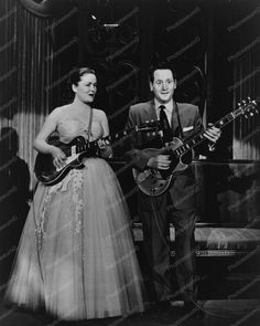Les Paul and Mary Ford Play Guitar 1950s Old 8x10 Reprint Of Photo