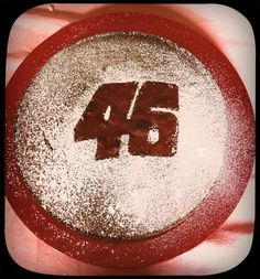 easy birthday cake decoration - 46 - Valentino Rossi
