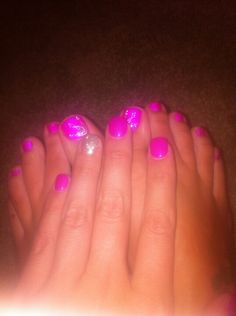 Summer nails and toes.