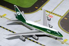 Gemini Jets Iraq Airways Boeing 747SP YI-ALM Scale 1/400 GJIAW1204 http://www.airspotters.com/gemini-jets-iraq-airways-boeing-747sp-yi-alm-scale-1400-gjiaw1204-33194-p.asp?utm_content=buffer15f65&utm_medium=social&utm_source=pinterest.com&utm_campaign=buffer due in stock next week