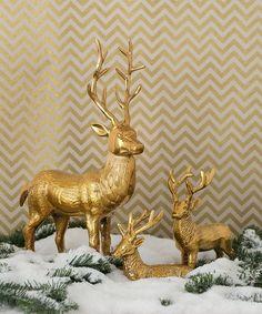 Christmas Decorating Ideas – Metallic Hues check this out http://elenaarsenoglou.com/christmas-decorating-trends-for-2017-metallic-hues/ #Christmas #decoration #myblogmylife #metal #colors #elenaarsenoglou #beyonddecoration