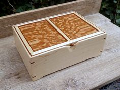 West Elm Grand Lacquer Jewelry Box (the collection has long outgrown my little jewellery box) Wooden Keepsake Box, Keepsake Boxes, Woodworking Box, Woodworking Projects, Box Art, Art Boxes, Wooden Box Designs, Wooden Hinges, Box Maker