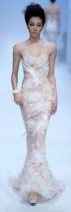张京京,2013北京国际时装周,798中央大厅 Zhang JingJing Haute Couture SS 2014