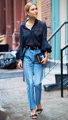 In the market for a new top? We have 15 ultra-flattering options to shop: https://t.co/66x8kxvNyi https://t.co/YWLvagRJbv
