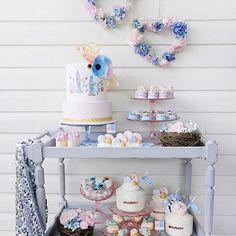 Love birds dessert cart from @paperplayground #desserttable #love #lovebirds #pretty #blue #valentine #partyideas #creative #beautiful #lovely #sweets #sweetstable #partydecor #party #partyideas
