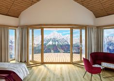 Wellness Urlaub in Tirol - Panoramablick aus den Themensuiten - Ausstattung auf höchstem Niveau. Wilder Kaiser, Wellness, Windows, Curtains, Home Decor, Blinds, Decoration Home, Room Decor, Draping