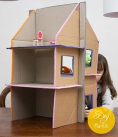 Casa de muñecas de cartón reciclado   Manualidades