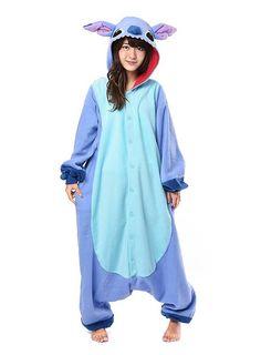 Schon lange her und trotzdem immer noch cool - schau Dir den Stitch Kigurumi an! #schnell #verkleidet #kostüm #Kostümierung #Costume #easy #fast #einfach #blau #blue #zeichentrick #film #movie #Serie #tvserie #Lilo #Monster #einteiler #gemütlich #lässig #flauschig #warm