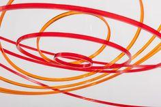Circuconcéntricos rouge orange transparente (2014). Plexiglas. 100 cm diameter. © Elias Crespin