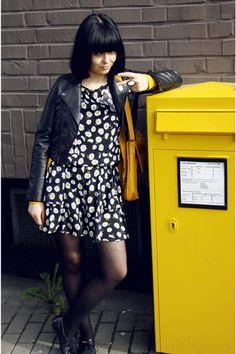 Yellow telephone box