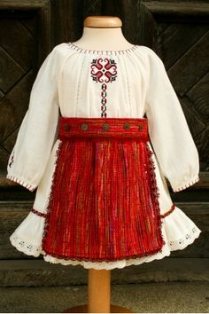 Christening traditional outfit from Romania, for baby and toddler girls. Smocking Baby, Baby Sewing, Traditional Outfits, Bell Sleeve Top, Baby Dresses, Toddler Girls, Romania, Christening, Ballerina