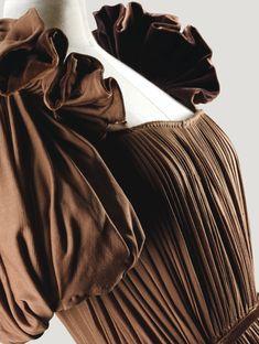 Grès Haute Couture, 1946   lot   Sotheby's