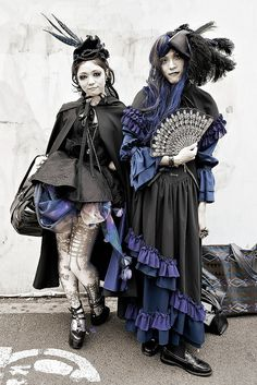 Harajuku Gothic Street Style by tokyofashion, via Flickr
